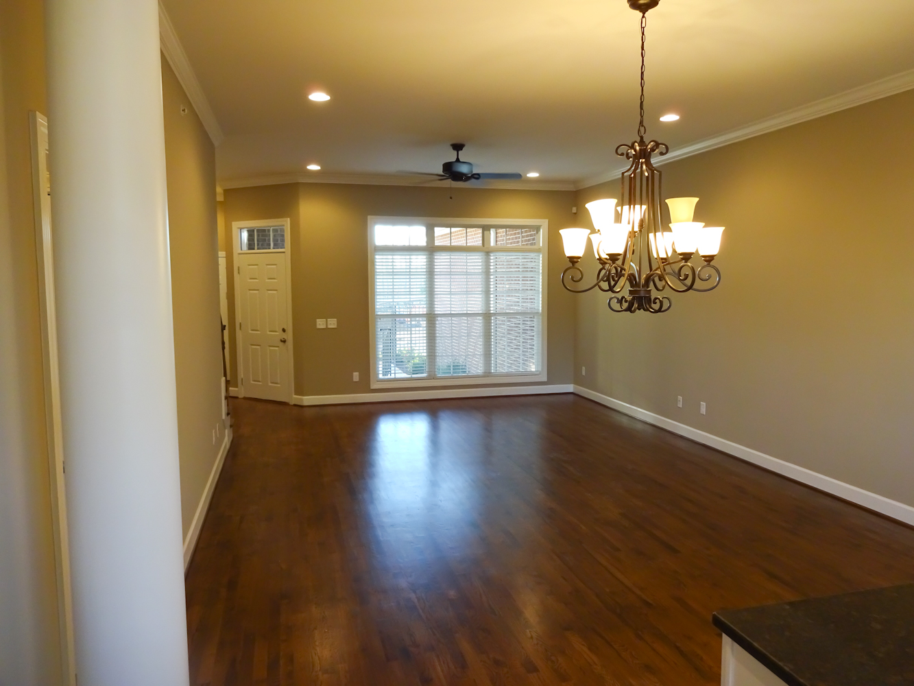 Town-Home-Rent-02035