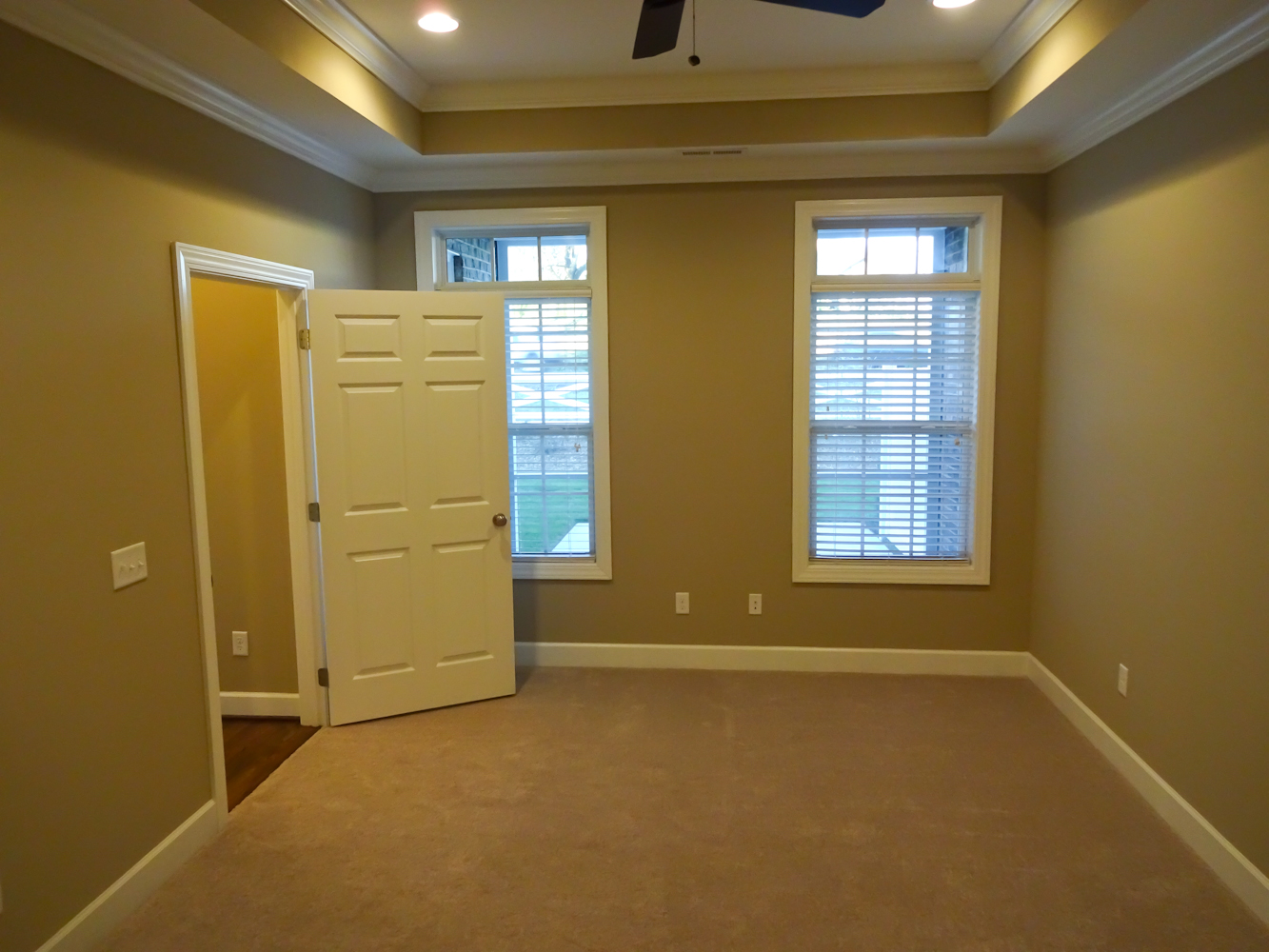 Town-Home-Rent-02037